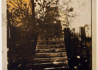 Leena Nammari, The glue that binds – stairs to nowhere
